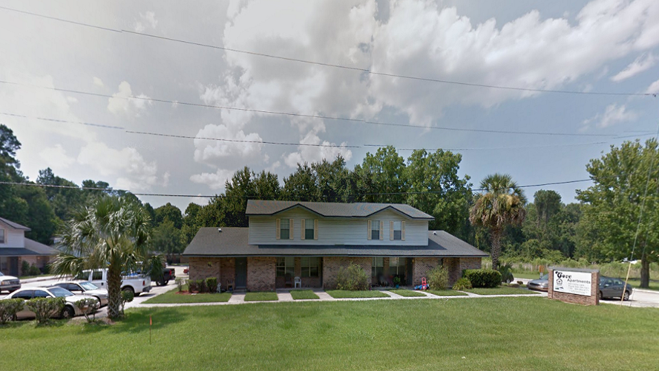 Rent Apartment Green Cove Springs 32043